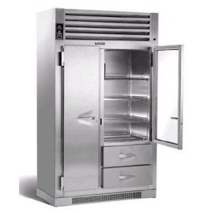 A fridge that needs commercial refrigerator repair service in Los Angeles, CA